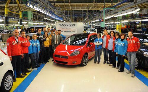 Fiat Punto, dagli anni '90 ad oggi. 25 anni di storia dell'utilitaria torinese (6)