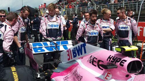 F1, ecco le vere grid girl, le meccaniche Force India Michelle e Emilie (4)