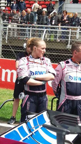F1, ecco le vere grid girl, le meccaniche Force India Michelle e Emilie (3)