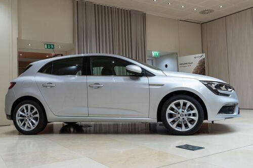 Renault Megane Duel, ecco il nuovo allestimento (3)