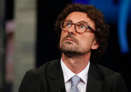 Chi è Danilo Toninelli, il nuovo ministro dei trasporti - News ...