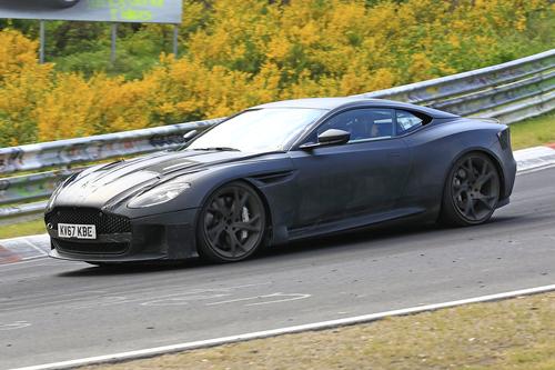 Aston Martin DBS Superleggera, le foto spia (4)