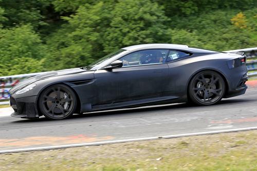 Aston Martin DBS Superleggera, le foto spia (5)