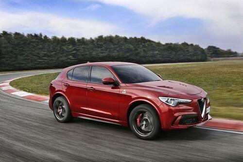 Alfa Romeo Stelvio, ecco i prezzi aggiornati del SUV milanese (2)