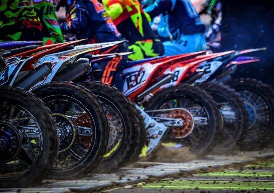 Motocross: fatta chiarezza sui limiti di età nella MX2 e novità per il Supercross di Parigi