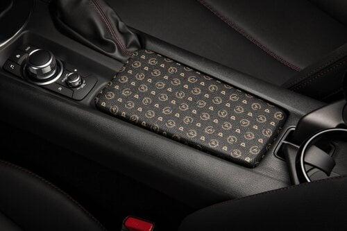 Mazda MX-5 Limited Edition Pollini Heritage (7)