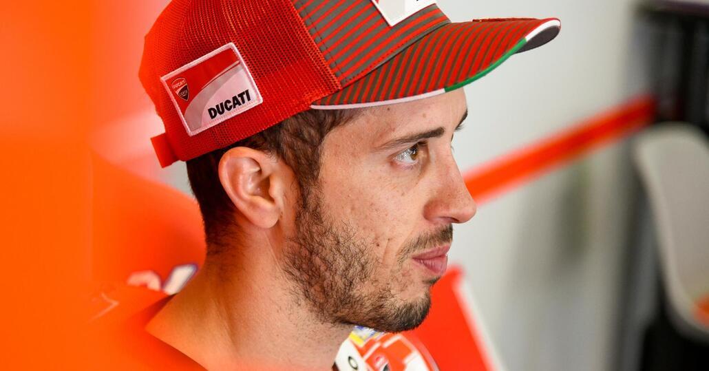 MotoGp: a Barcellona pole di Lorenzo, poi Marquez e terzo Dovizioso