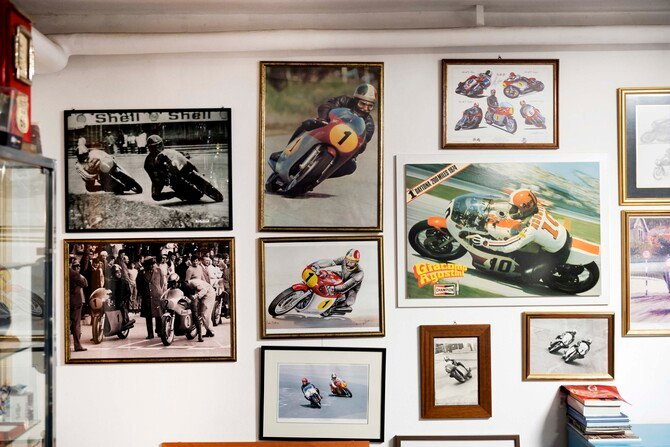 Illustrazioni, foto: momenti di una carriera incredibile tra Yamaha e MV Agusta (Photo by Gabriele Micalizzi)