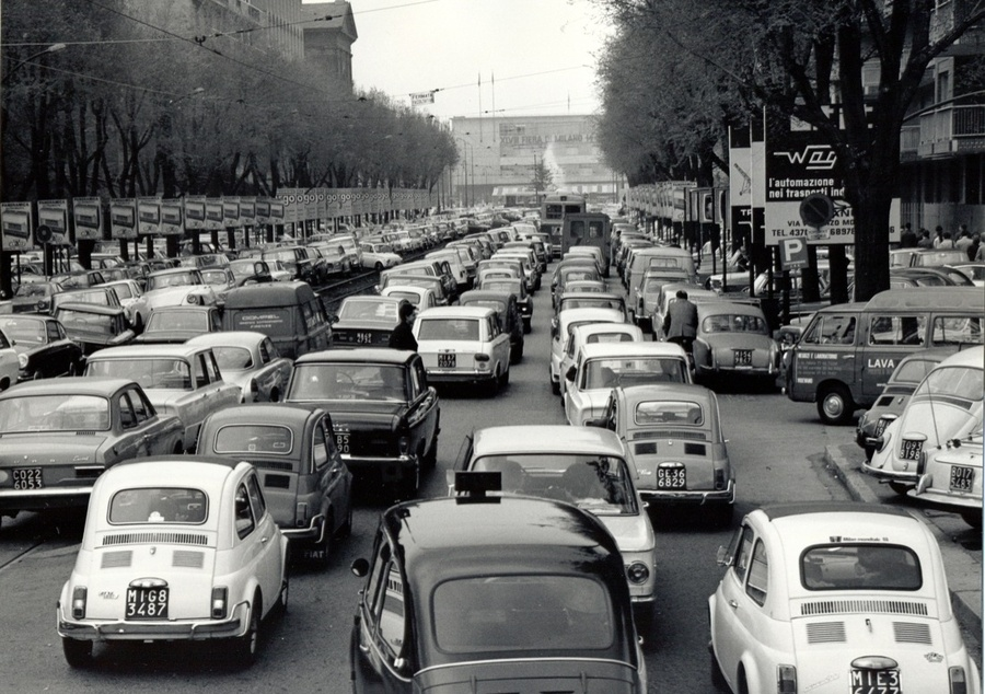 500, Maggiolini, Fiat Multipla (taxi), 600: il boom degli anni Sessanta