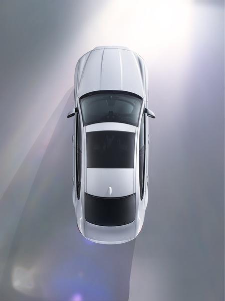 Jaguar XF (4)