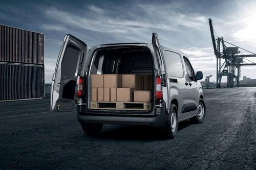 Peugeot Partner, il van francese si rinnova [Foto e dettagli] (4)