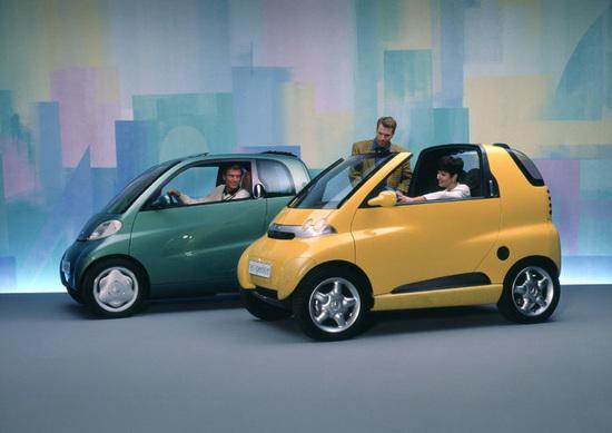 Le concept car Eco-Sprinter ed Eco-Speedster del 1994. Si nota già lo stile che adotterà la futura smart