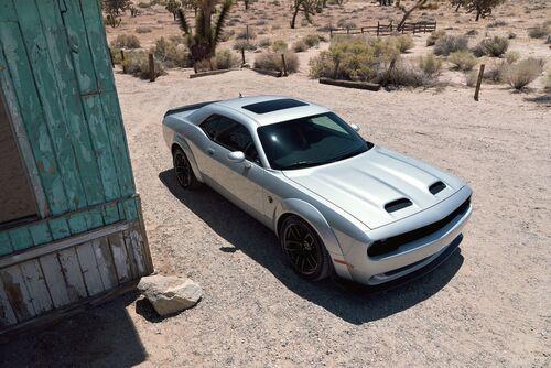 """Dodge Challenger SRT Hellcat Redeye, """"muscle car"""" da 797 CV  (6)"""