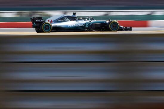 Seconda posizione a Silverstone per Lewis Hamilton
