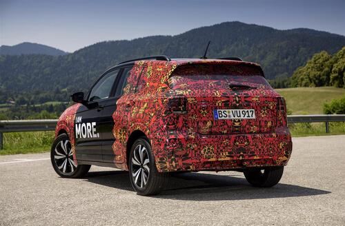 Volkswagen T-Cross, eccola (quasi) svelata (8)