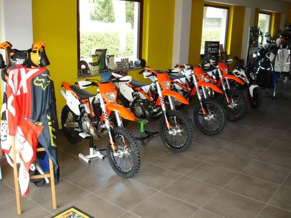Classic Bikes Regis Accessori moto a Moncrivello, Vercelli