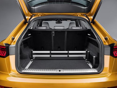 Audi Q8, i prezzi: si parte da 78.450 euro (4)
