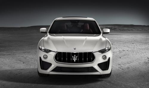 Maserati Levante GTS, il V8 550 CV debutta a Goodwood 2018 (2)