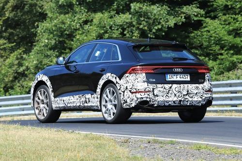 Audi RS Q8, le foto spia (7)
