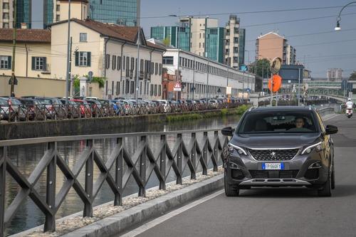 Novità Peugeot 3008, Cambio EAT8 sulle motorizzazioni Euro6.2 (7)