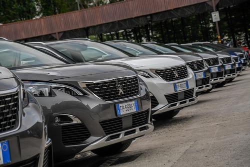 Novità Peugeot 3008, Cambio EAT8 sulle motorizzazioni Euro6.2 (9)