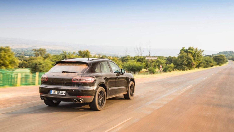 Porsche Macan restyling, in Sudafrica per gli ultimi ritocchi