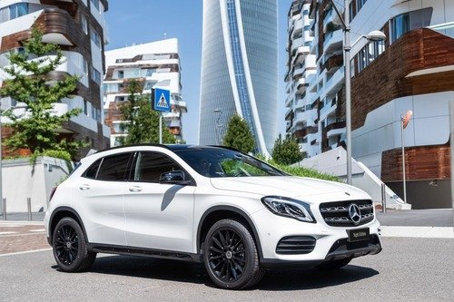 Mercedes CLA, GLA e GLC Night Edition (2)