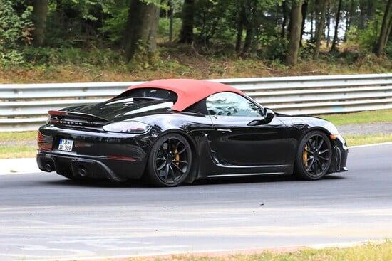 La Porsche 718 Boxster Spyder pizzicata al Nurburgring
