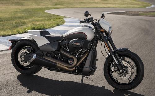 """Harley-Davidson FXDR 114"""" 2019. Foto e Video (3)"""