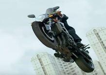 Il presidente indonesiano apre i Giochi Asiatici in moto (Video)