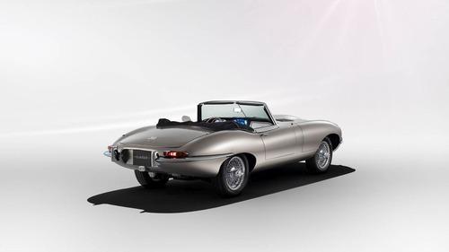 Jaguar, la rinascita elettrica della E-Type. Diventa un modello di serie (3)