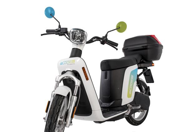 E-sharing. eCooltra cambia scooter e sceglie Askoll