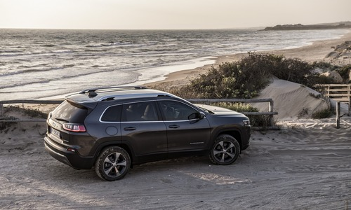 Jeep Cherokee 2019, ecco come è cambiata [Video e foto] (7)