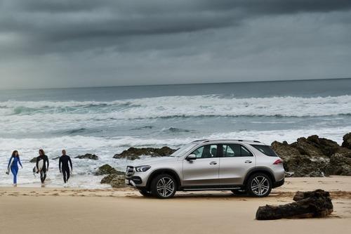 Nuovo Mercedes-Benz GLE 2019: eccolo pronto a scendere in strada, anche ibrido (5)