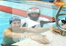 Lorenzo sfida il campione mondiale... di nuoto
