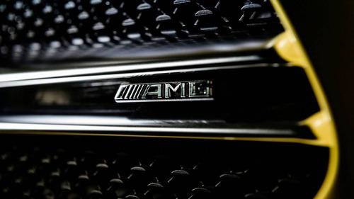 Mercedes-AMG A 35, le prime foto della nuova versione sportiva (3)