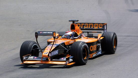 La Arrows A22 in configurazione GP Monaco