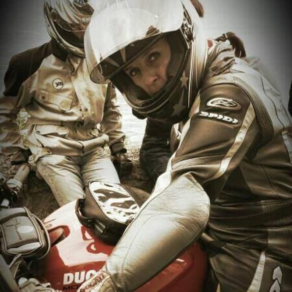 Donne in moto: le vostre foto! (3)