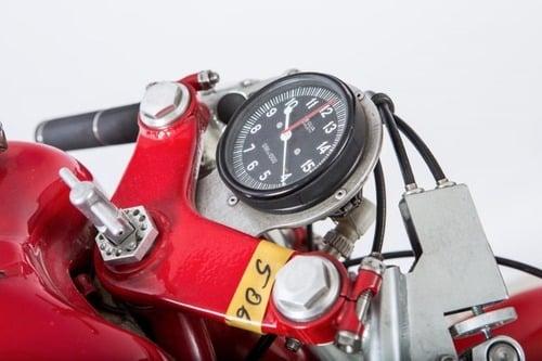 MV Agusta, all'asta la leggendaria 3 cilindri che corse nel 1973 (9)