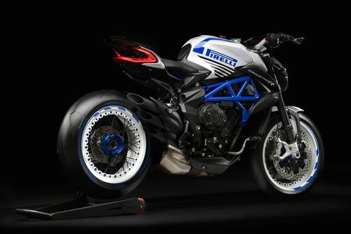 MV Agusta Brutale Dragster 800 RR Pirelli (8)