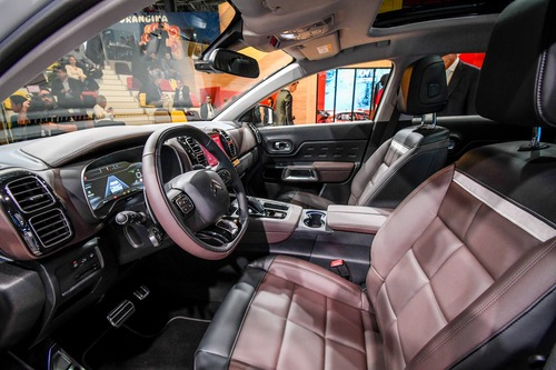 Citroën C5 Aircross 71° N Limited Edition al Salone di Parigi 2018 (3)