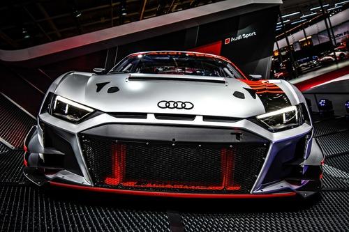 Nuova Audi R8 LMS GT3 al Salone di Parigi 2018 [Video] (5)