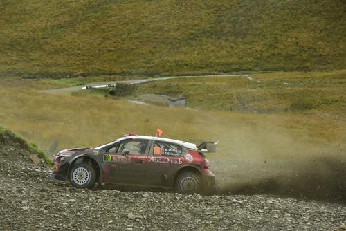 WRC18 Galles. Intrattabile Ogier (Ford), e fanno 5 (5)