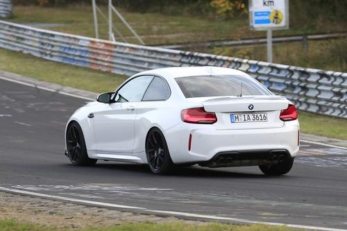 BMW M2 CS, ancora più cavalli per la M2? [Foto spia] (3)