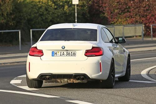 BMW M2 CS, ancora più cavalli per la M2? [Foto spia] (7)