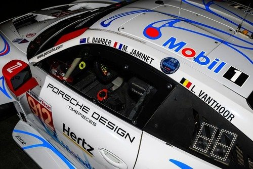 Porsche, livrea in onore della 911 GT1 vincitrice della 24h a Le Mans nel 1998 (3)