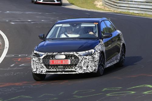 Audi A1 Allroad, avvistata al Nürburgring [Foto spia] (6)