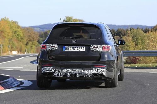 Mercedes-AMG GLC 63, restyling in arrivo (5)