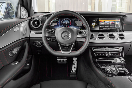 Mercedes-AMG E 43 4MATIC: la berlina da 401 CV (4)