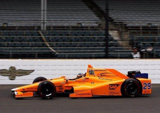 Honda blocca Alonso e McLaren in Indy: ecco perché